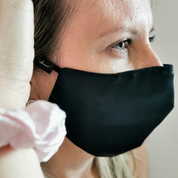 črna svilena maska za obraz